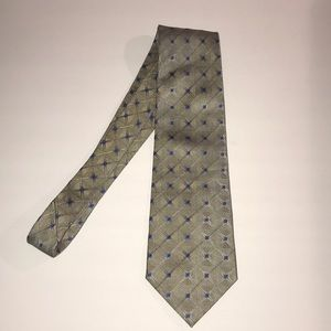 Claiborne 100% Pure Silk neck Tie